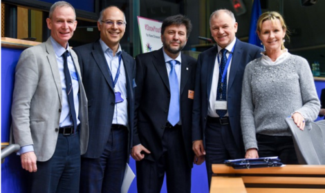 ERN Bond group photo